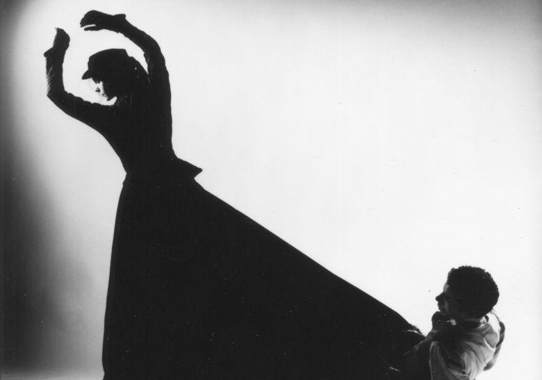 'Eidolon' (1996) Sarah Warsop (dancer) Chris Nash (photo)
